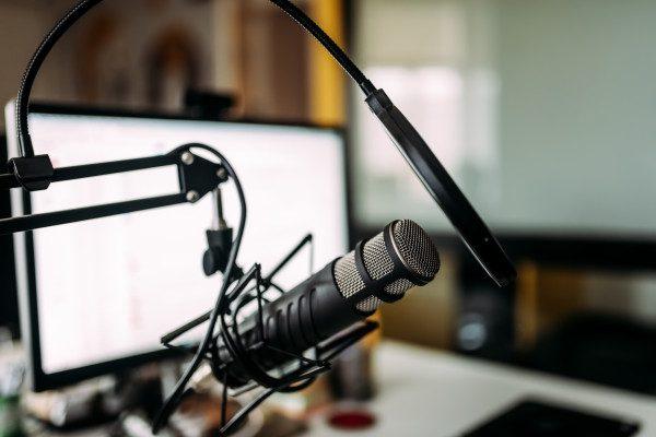 Podcasting Business   Tracy Hazzard  Morning Gratitude Podcast with Joshua T. Berglan